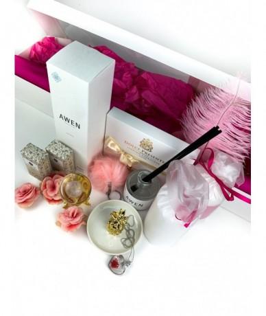 Kényeztető ajándékcsomag - Fleurt ajándékküldés