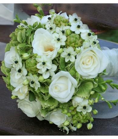 Menyasszonyi csokor hortenziával