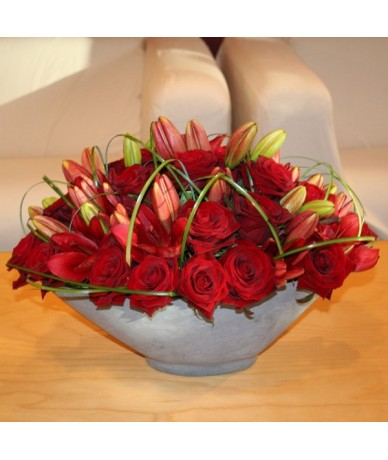 20 stems of red roses and lilies