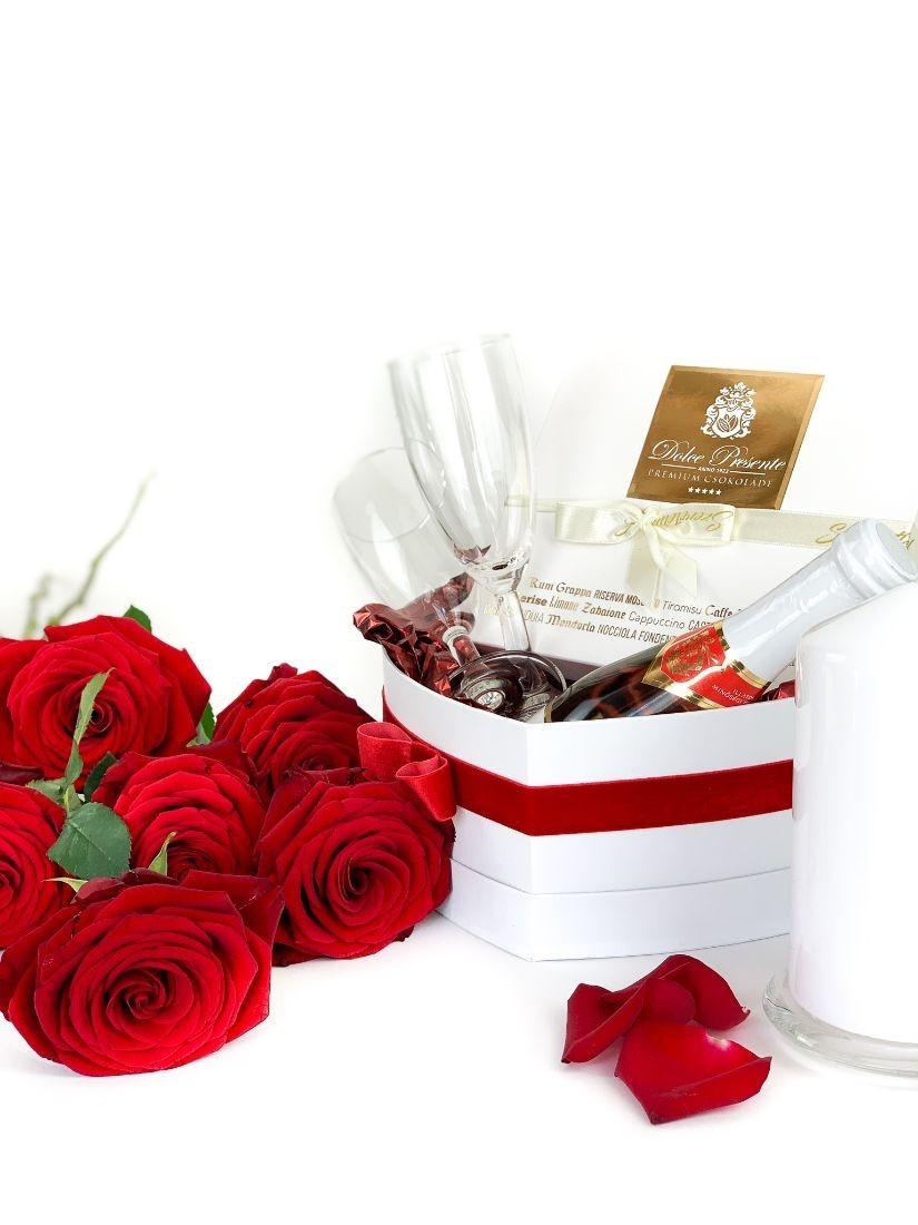 Csábító ajándék - pezsgő, csokoládé, fürdőgolyó