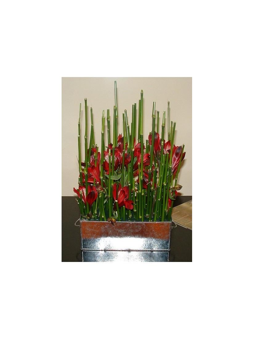Minimalistic flower decoration