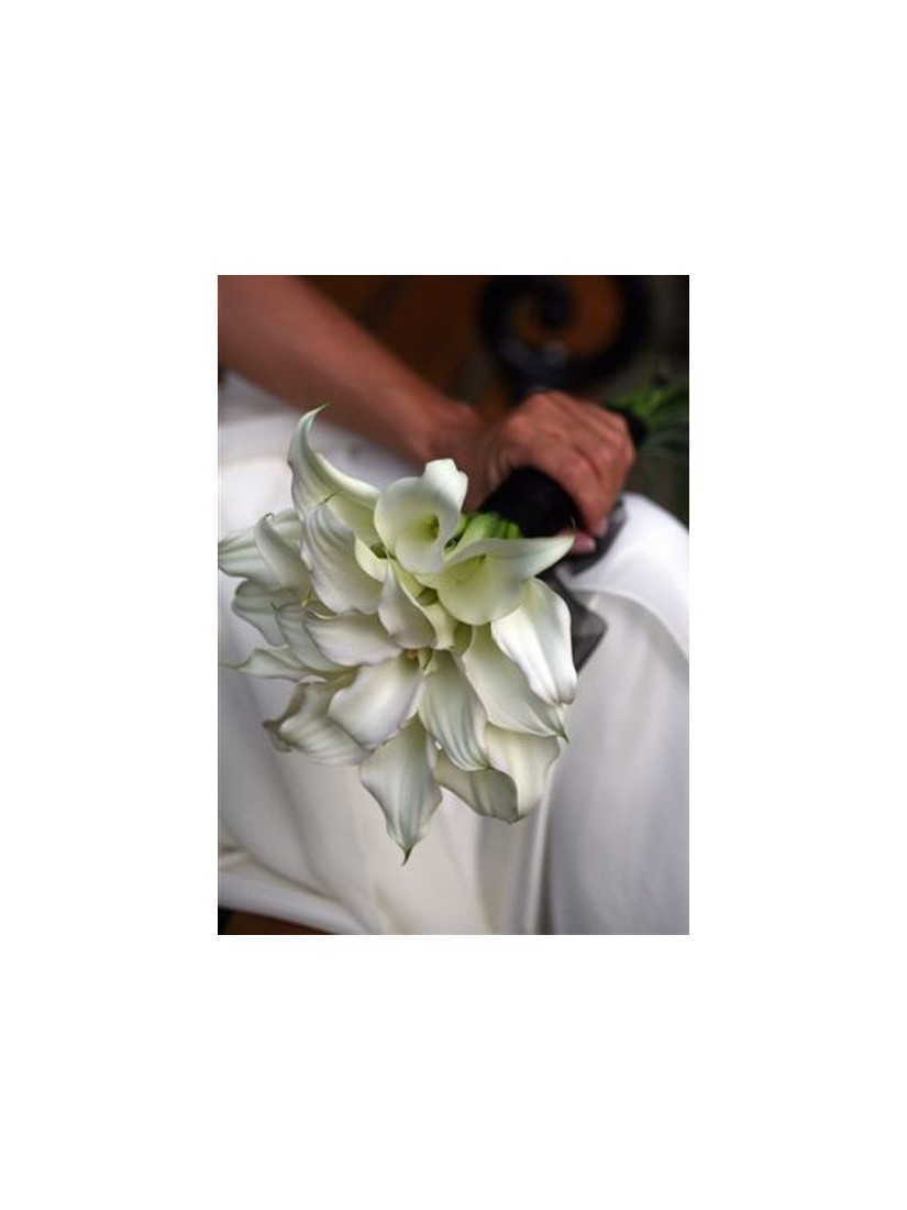 Opal - the most popular bridal posy