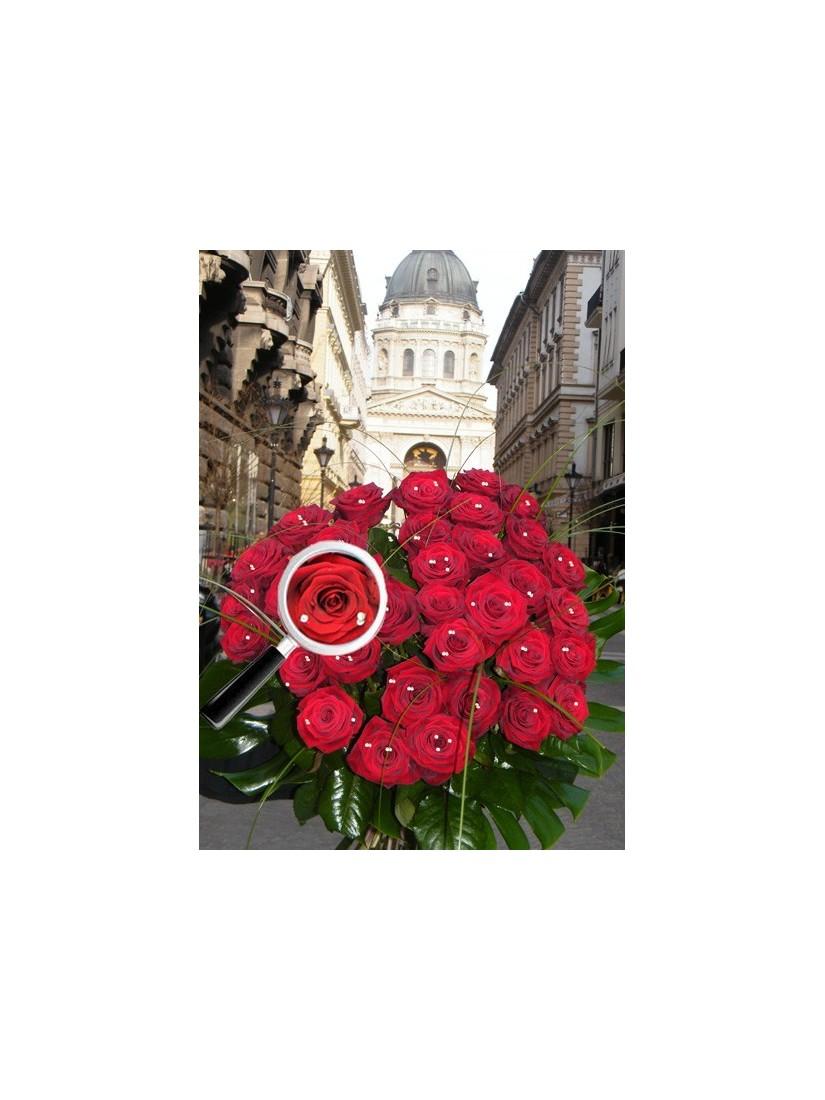 30 szálas vörös rózsacsokor Swarovski kristállyal