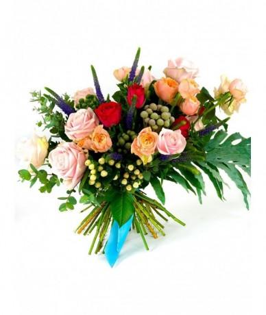 Vegyes virágok virágcsokra - Halló, virágfutár…