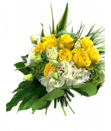 Mézédes csokor tündöklően élénk sárga virágokból