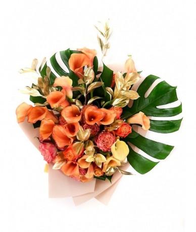 Exotic orange flower bouquet