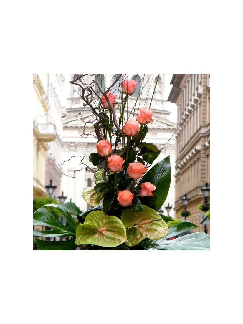 Roses and anthurium in pyramid