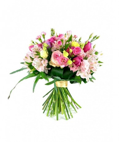 pastel round flower rich bouquet
