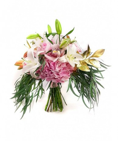 Art deco elegance in a bouquet
