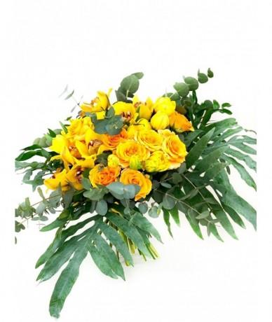Színpompás virágcsokor vidám színekben