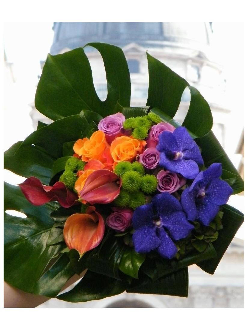 Rózsa, kála és orchidea alkotja káprázatos kompozíciója