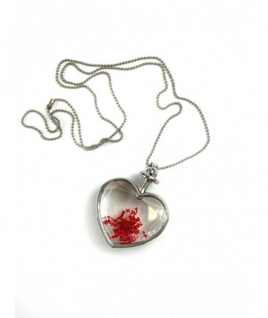 romantic necklace with pendant