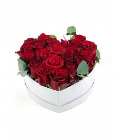 Red Rose heart flower Box round size L