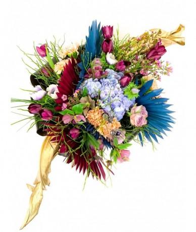 pastel round flower posy