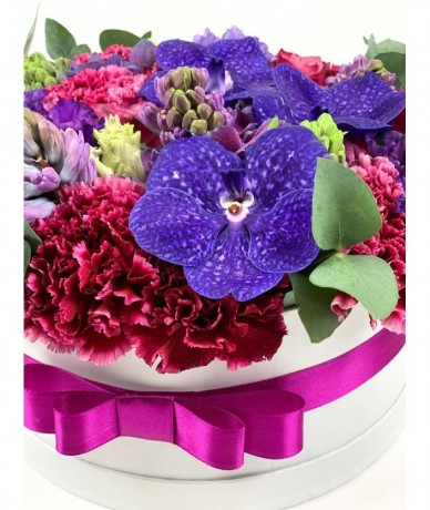 flower box in shades of purple