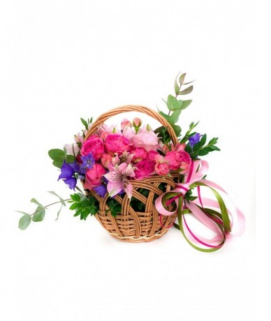 Small lovely flower basket