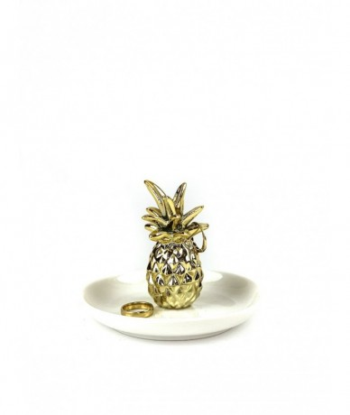 Jewellery holder with pineapple top