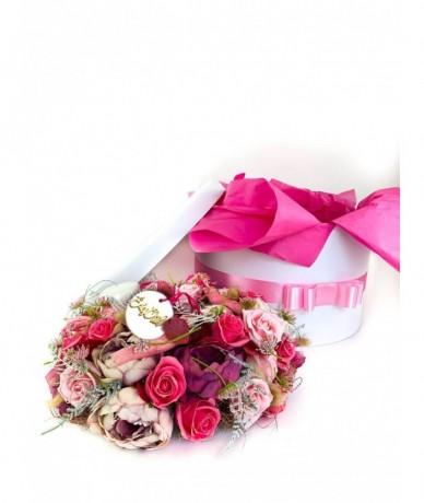 Csodás exkluzív művirág koszorú pinkben