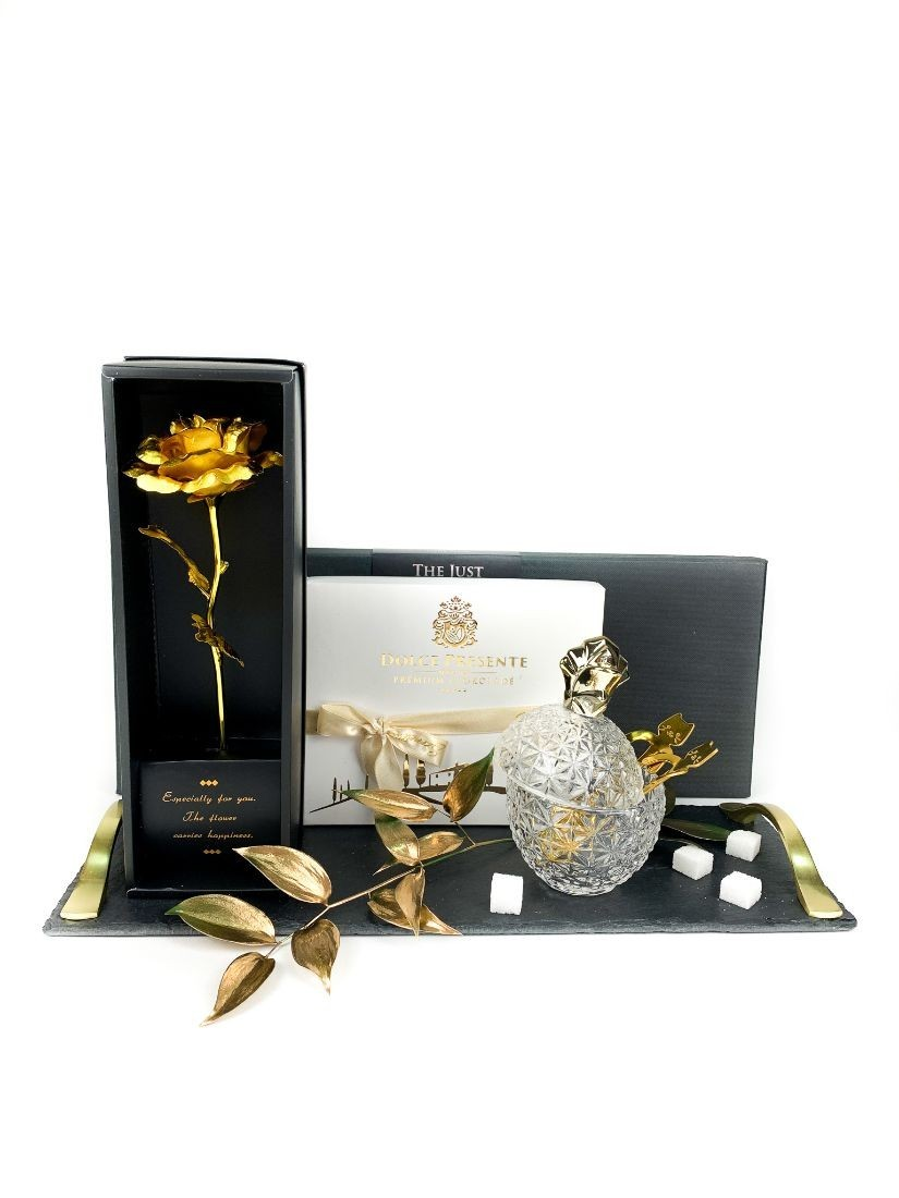 Sweet elegance offered on a tray - gift seduction