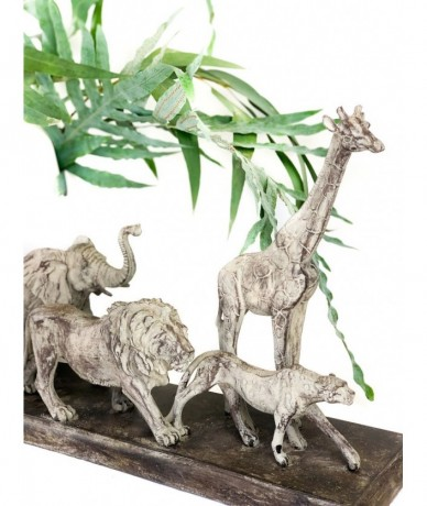 Home decor with 5 animals