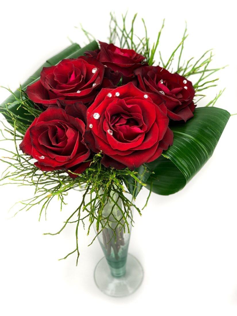 5 szál vörös rózsa Swarovski kristállyal élesítve