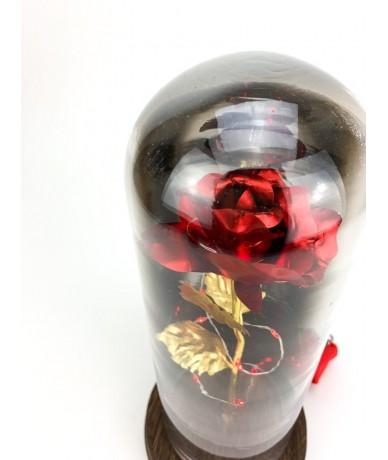 Káprázatos tartós virág kompozíció elegáns üvegbúra alatt fénysorral
