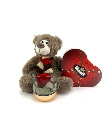 Teddy bear's Valentine bouquet