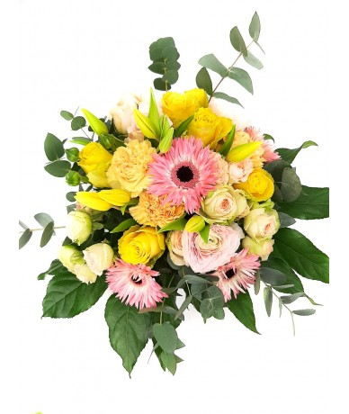 Cheerful colours and lovely spring flowers