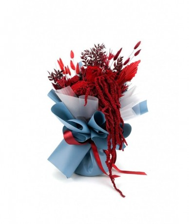 Contemporary long lasting bouquet in red