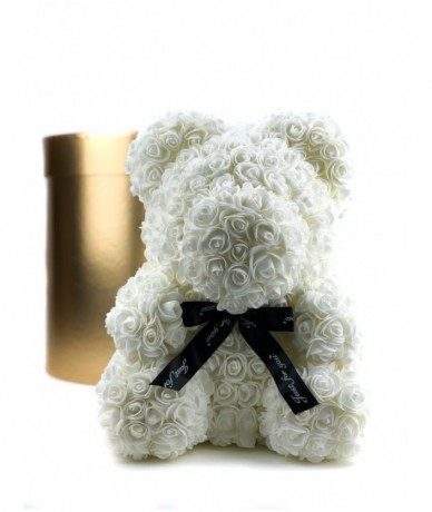 White bear made of many little foam roses
