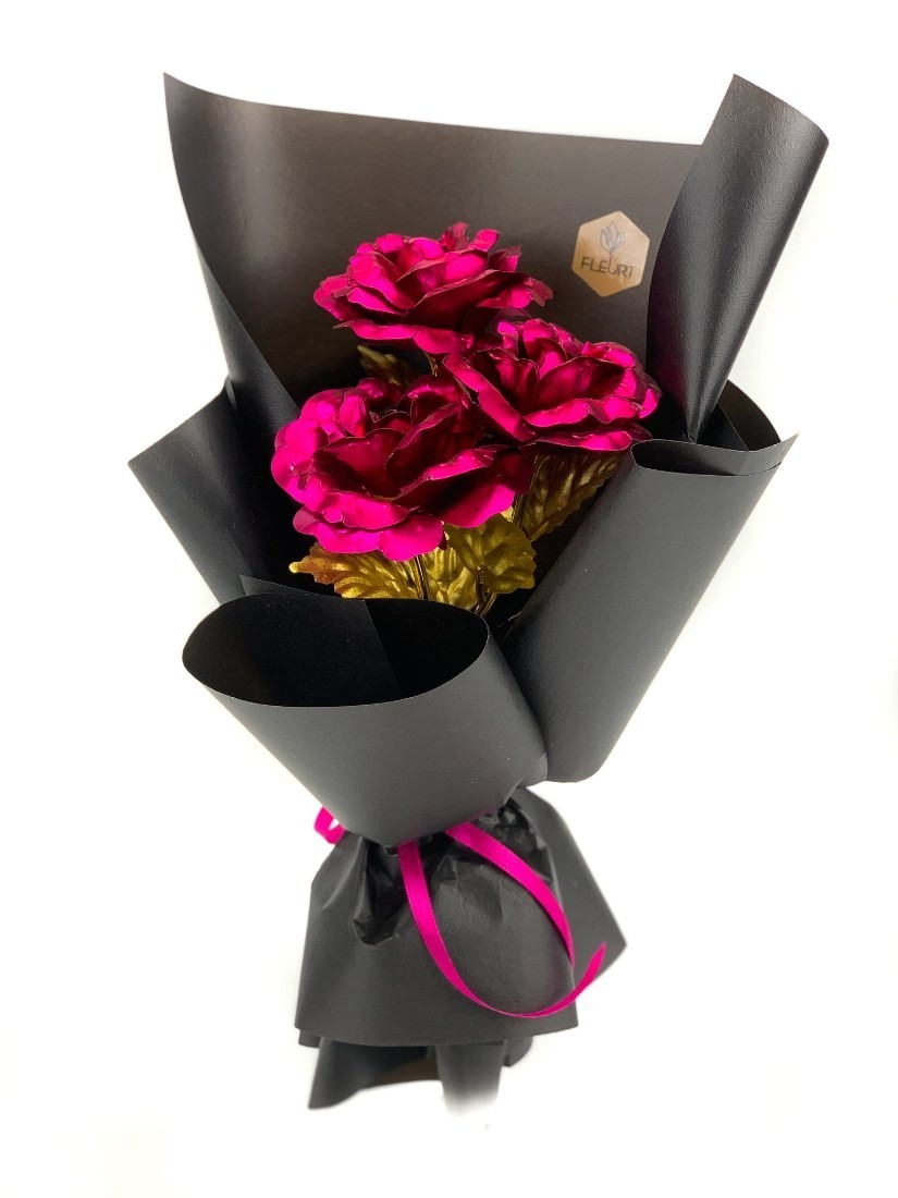 3 modern metal roses with golden stems and leaves